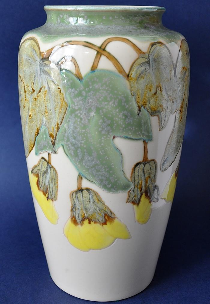 Cobridge Stoneware 261/9 Abutilon Open Edition