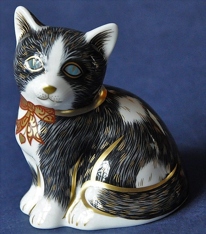 Royal Crown Derby Black and White Kitten