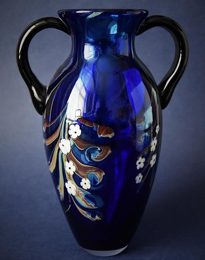 Ode On A Grecian Urn Vase Designed by Richard Golding Okra Glass A Limited Edition of 50
