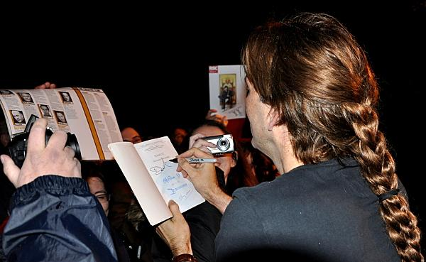 David Tennant signs book stage door RSC Richard II Stratford