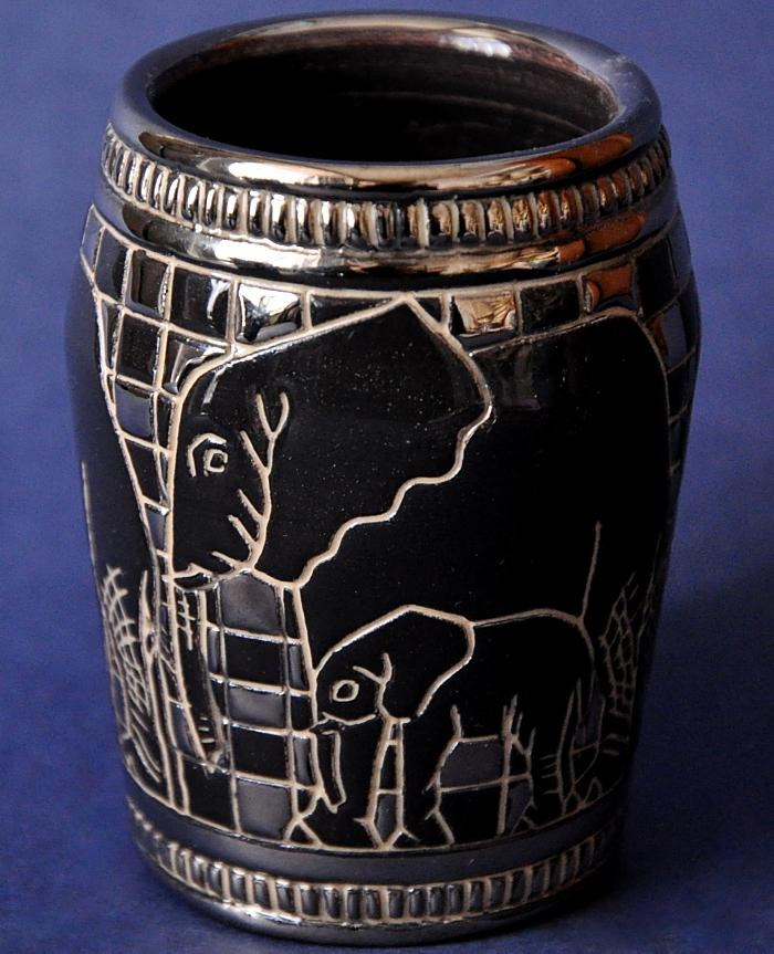 Dennis Chinaworks African Elephant Mini Barrel Vase Sally Tuffin