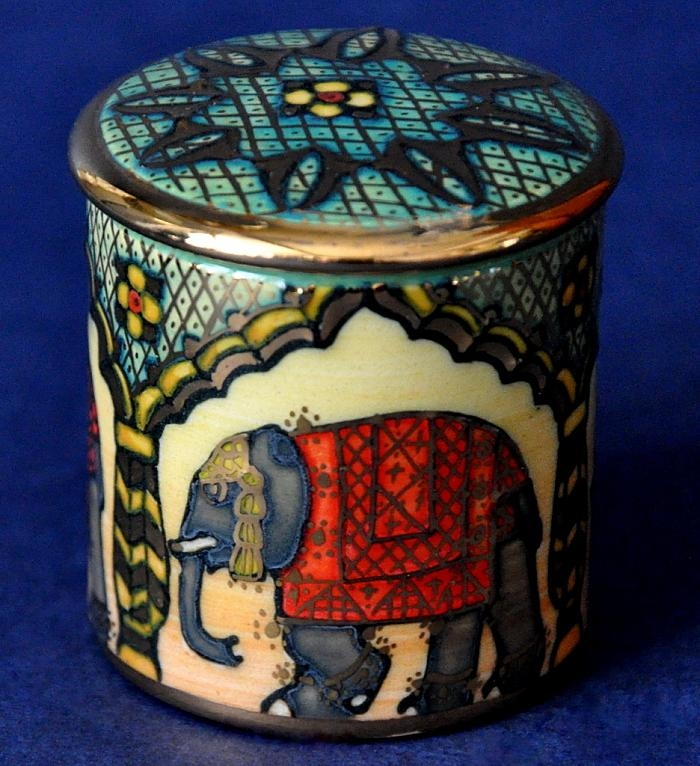 Dennis Chinaworks Indian Elephant Mini Box No1 Sally Tuffin