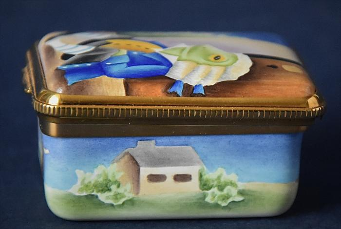 Elliot Hall Enamels Alice in Wonderland Toad