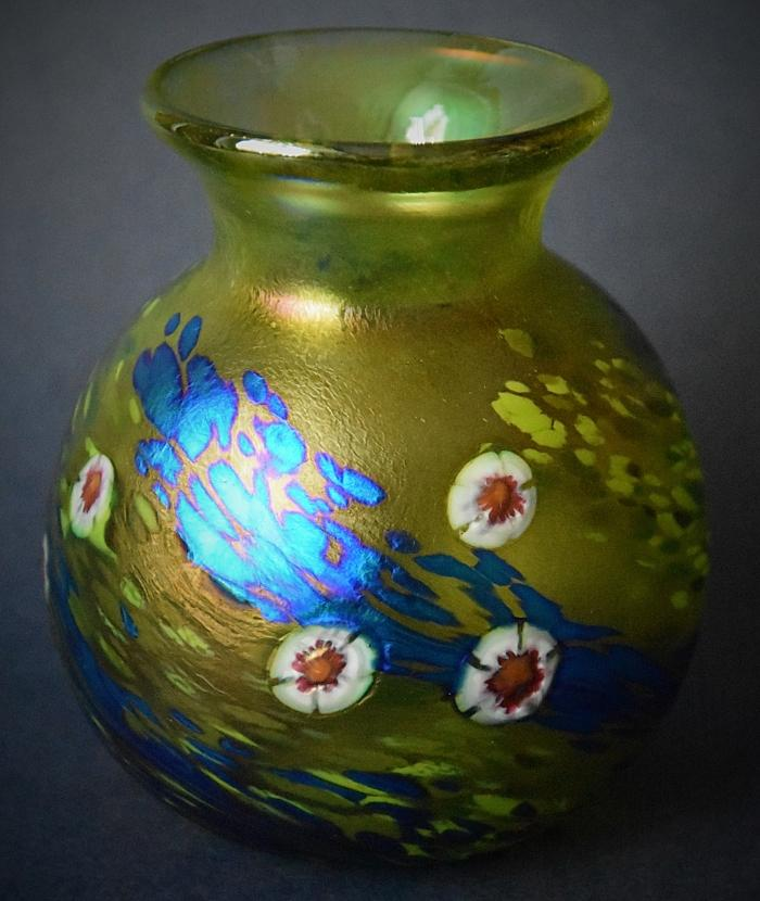 Green Vase With White Cane Flowers KAY2 Kayleigh Young Glass