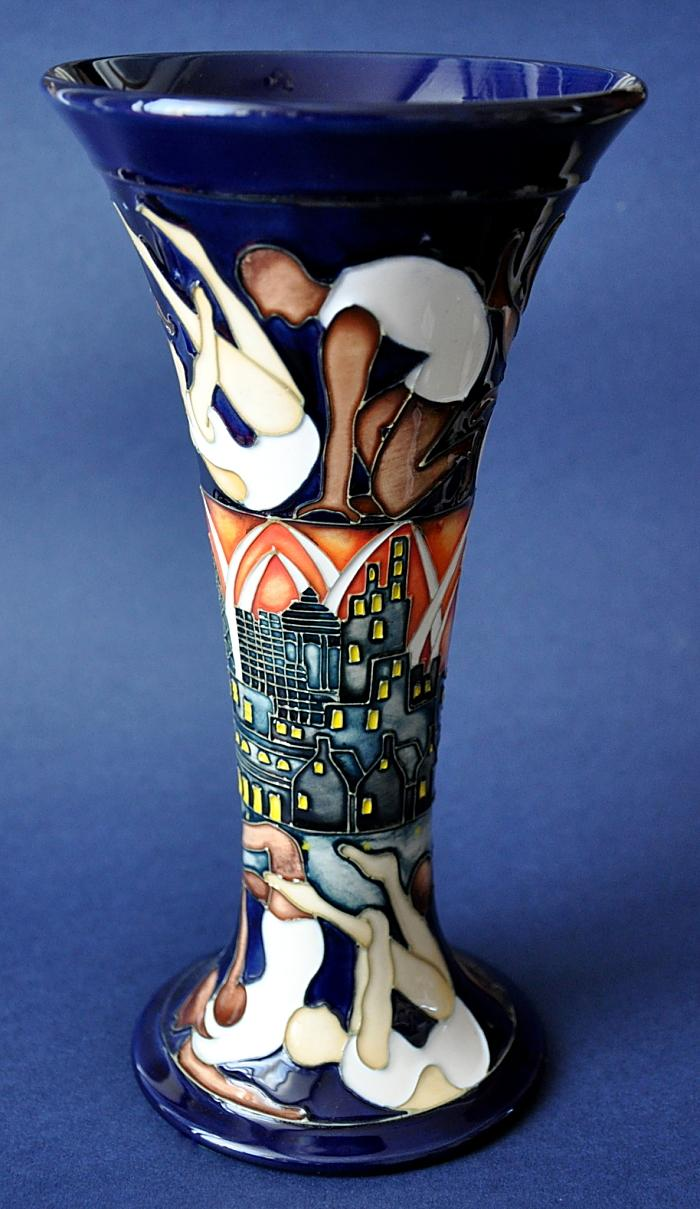 Moorcroft Pottery The Athletes 85/8 Kerry Goodwin