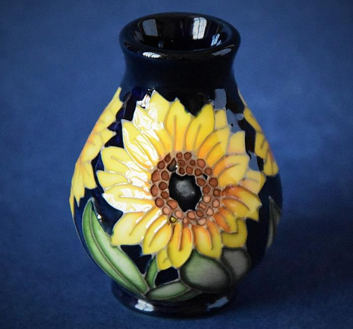 Moorcroft Pottery 7/2 Sun Worshipper Kerry Goodwin An Open Edition