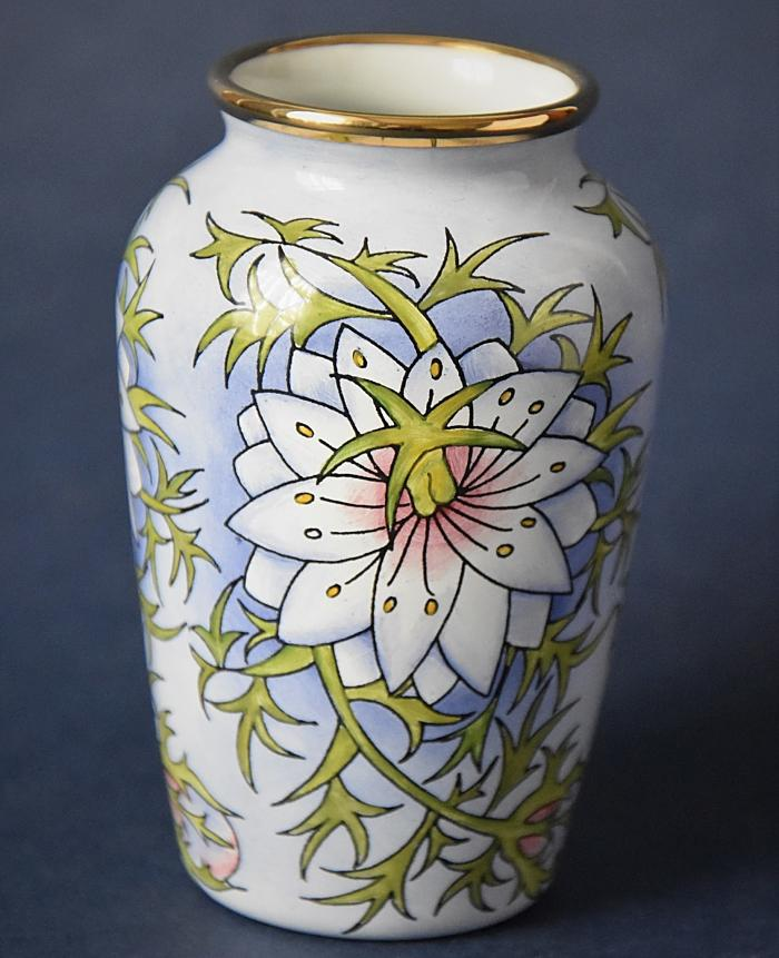 Moorcroft Enamels Love in a Mist 18/LM