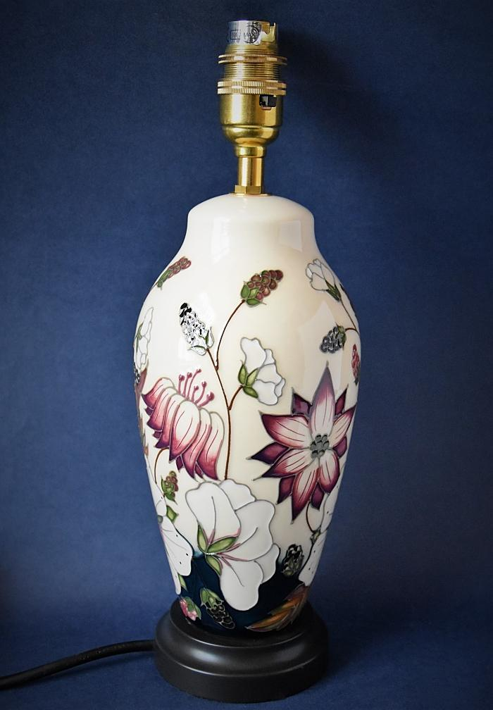 Moorcroft Pottery Lamp Bramble Revisited L200/8 Alicia Amison Open Edition