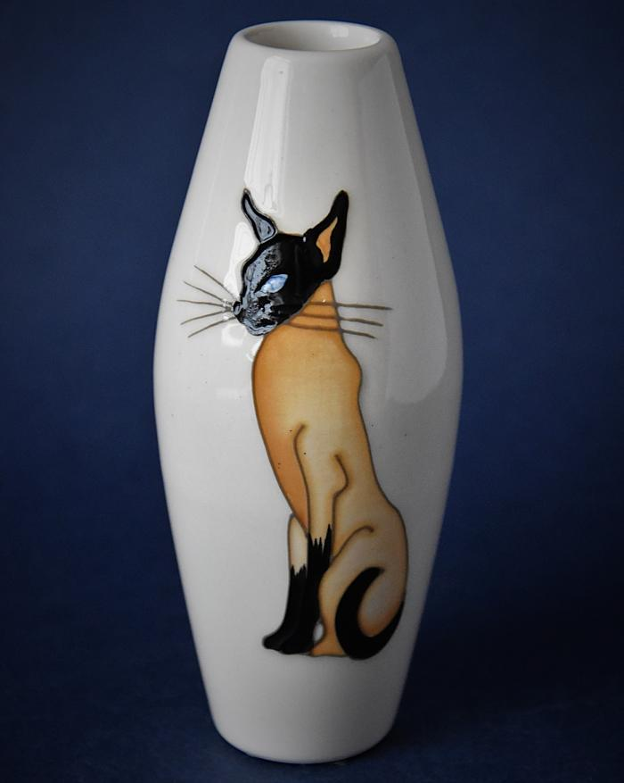 Moorcroft Pottery 06/5 Double Trouble Kerry Goodwin An Open Edition