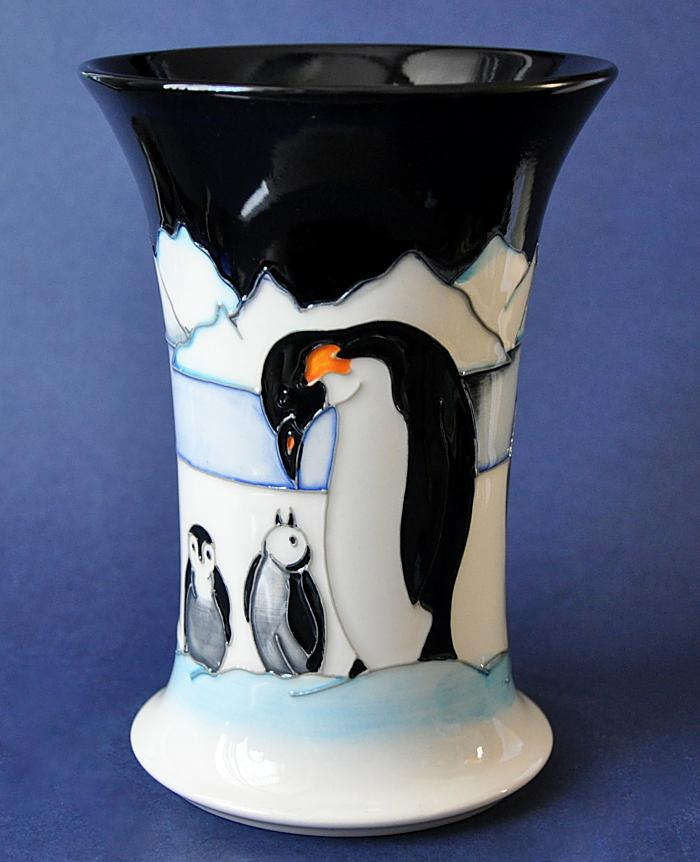 Moorcroft Pottery A Family on Ice 158 6 Nicola Slaney