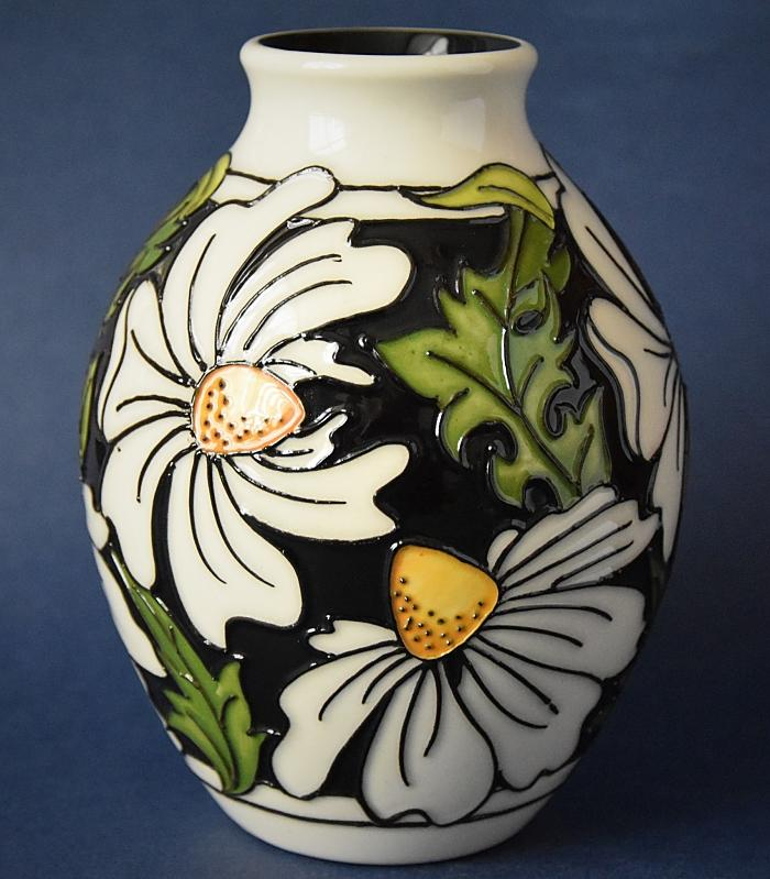 Moorcroft Pottery 3/5 Phoebe Summer Rachel Bishop Open Edition
