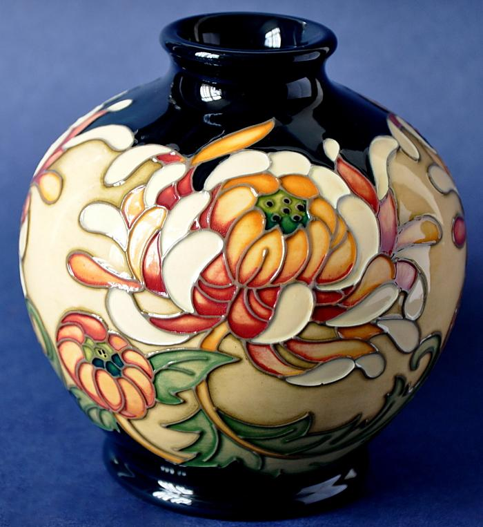 Moorcroft Pottery 41/4 China Collection Nobility Rachel Bishop Open Edition