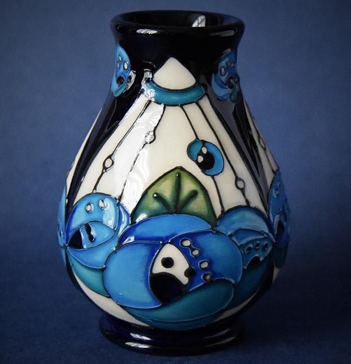 Moorcroft Pottery Rennie Rose Blue Inspired By Charles Rennie Mackintosh 7/3 Rachel Bishop Open Edition