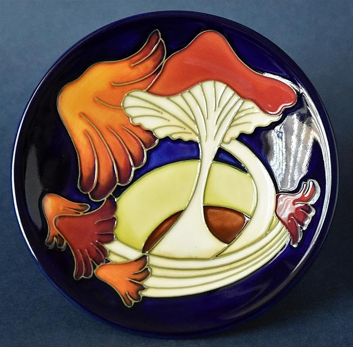 Moorcroft Pottery 780/4 Parasol Dance Kerry Goodwin Open Edition