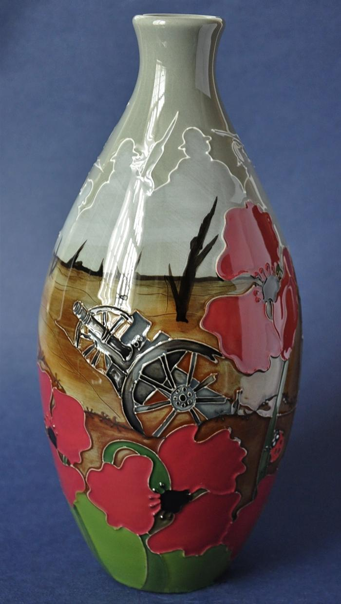 Moorcroft Pottery 9/9 Lest We Forget Kerry Goodwin Numbered Edition