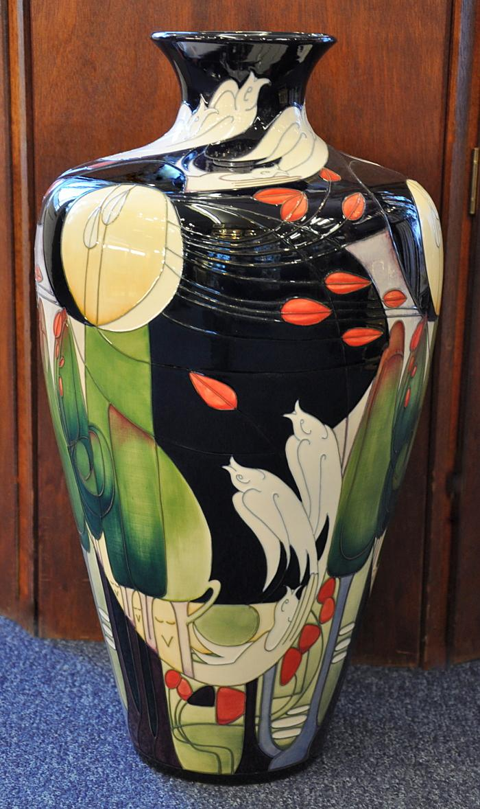 Moorcroft Pottery Birdsong 72/20 Emma Bossons Edition of 50