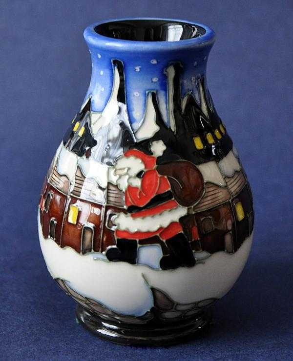 Moorcroft Christmas In The Pots 7 3
