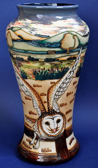 Moorcroft From B Amp W Thornton Of Stratford