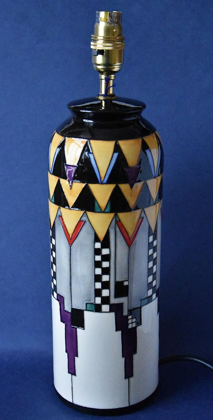 Moorcroft Pottery Lamp Mackintosh Collection Derngate L161/11 Emma Bossons Open Edition