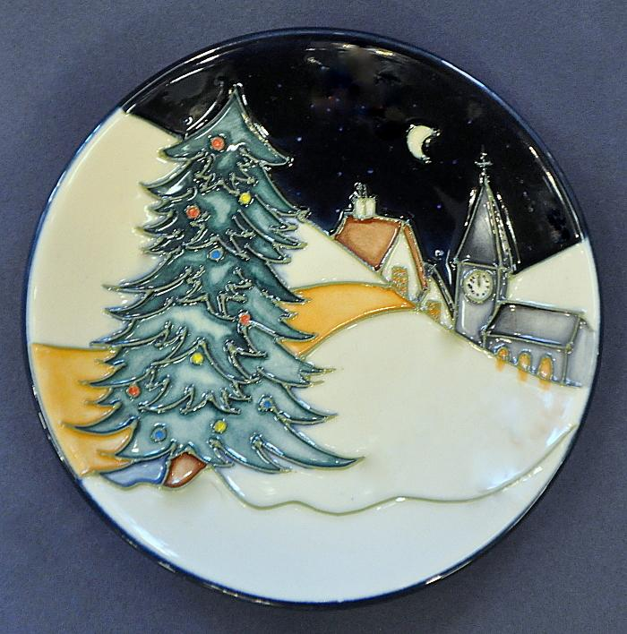 Moorcroft Pottery New Moon At Christmas 780/4 Sian Leeper