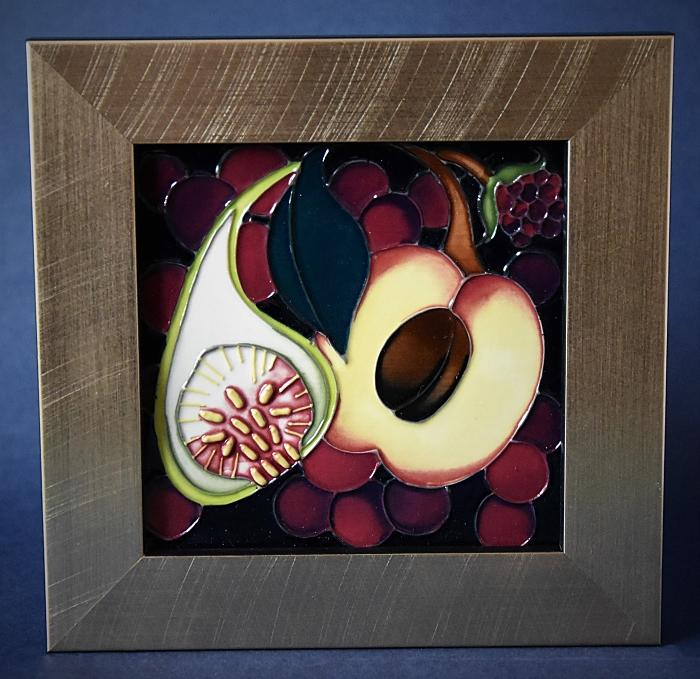 Moorcroft Pottery Queen's Choice PLQ 6 Plaque Emma Bossons