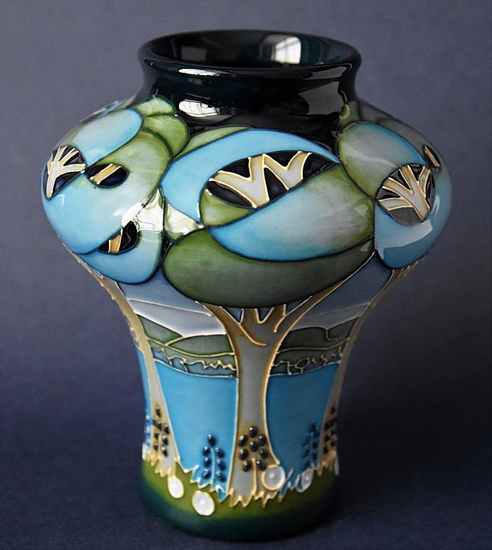 Moorcroft Pottery Rachel Bishop Collection Sapphire Blues 10/5 Numbered Edition