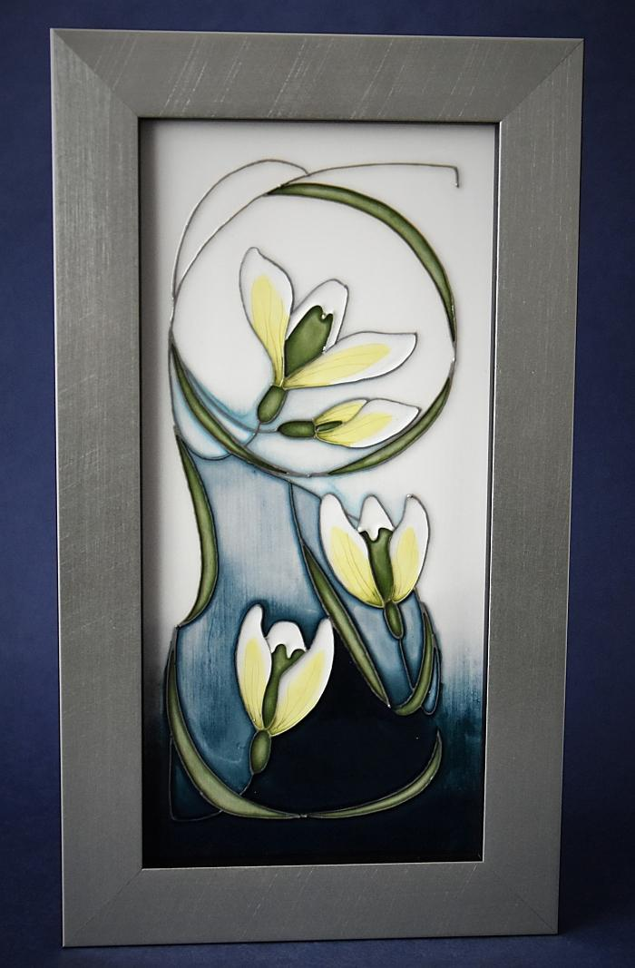 Moorcroft Pottery PLQ5 Snowdrop Collection Green Tear Vicky Lovatt Open Edition