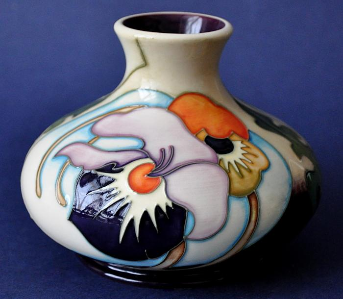 Moorcroft Pottery Thoughts in Flight 32/5 Emma Bossons