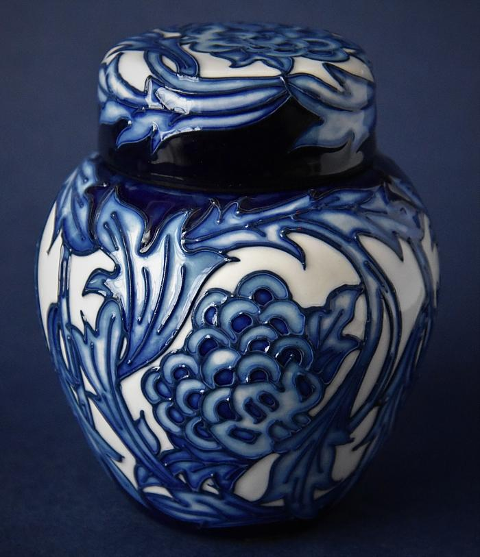 Moorcroft Pottery 769/4 Kelmscott Artichoke William Morris Collection Kerry Goodwin An Open Edition