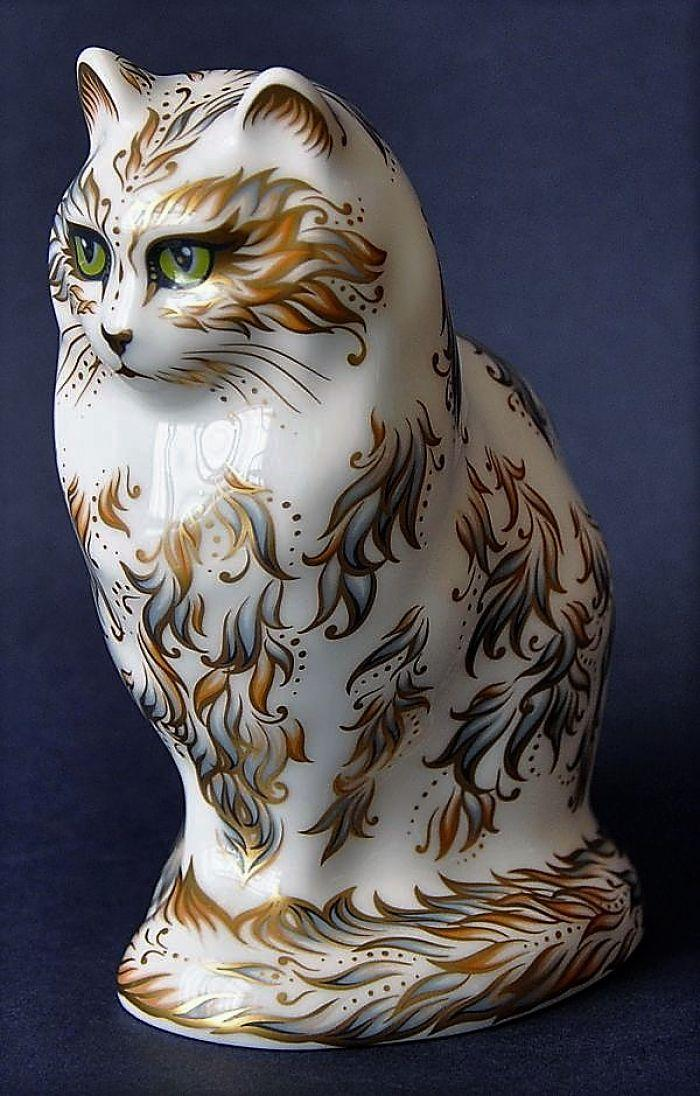Royal Crown Derby Fifi the Cat