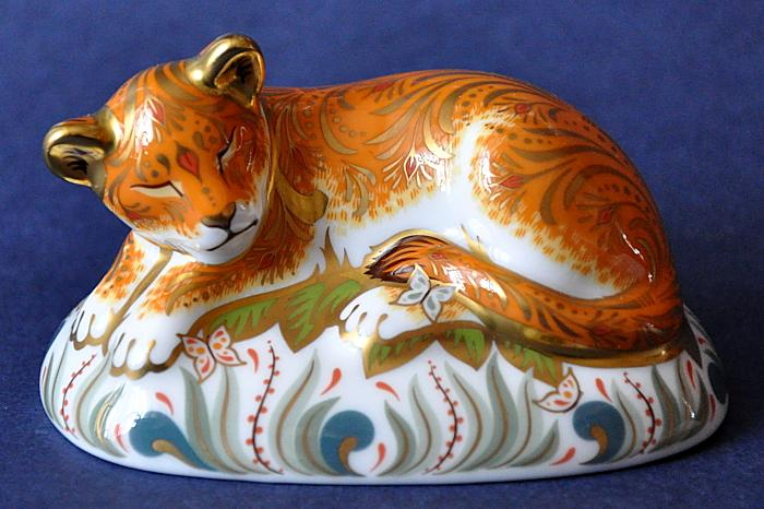 Royal Crown Derby Lion Cub