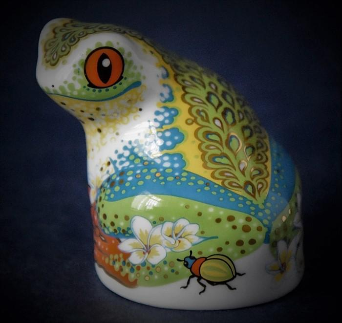 Royal Crown Derby Collectors Club Tree Frog
