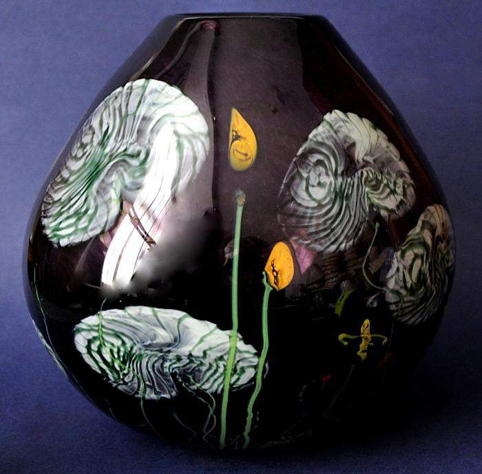 Siddy Langley Black Pond Vase