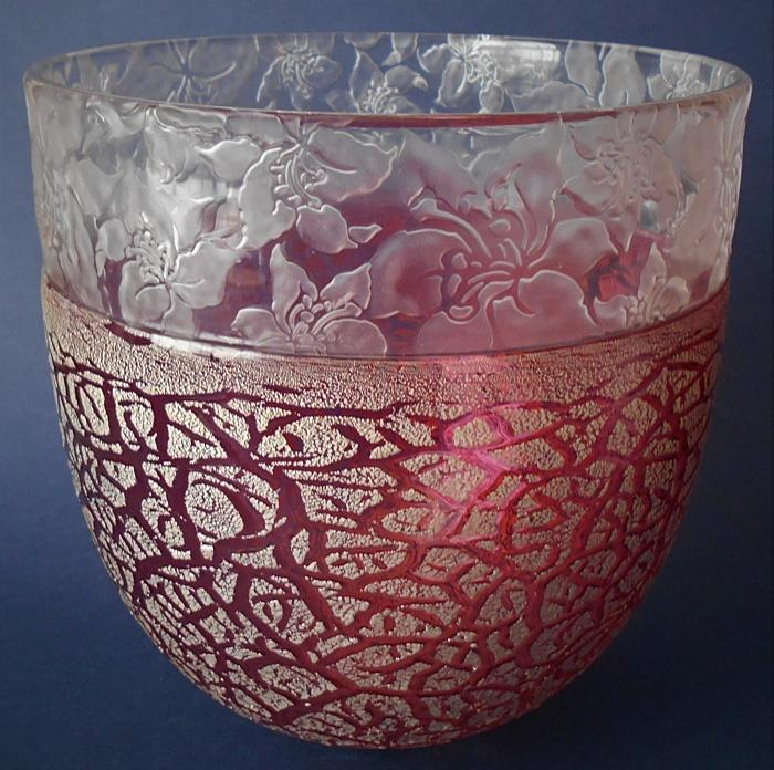 Timothy Harris Isle of Wight Studio Glass Crizzle Cameo Large Pink Bowl